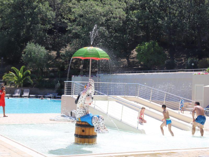 spotty zwembad