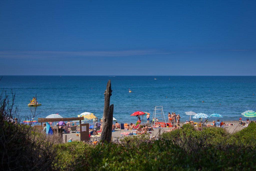 Het strand bij Mareblu