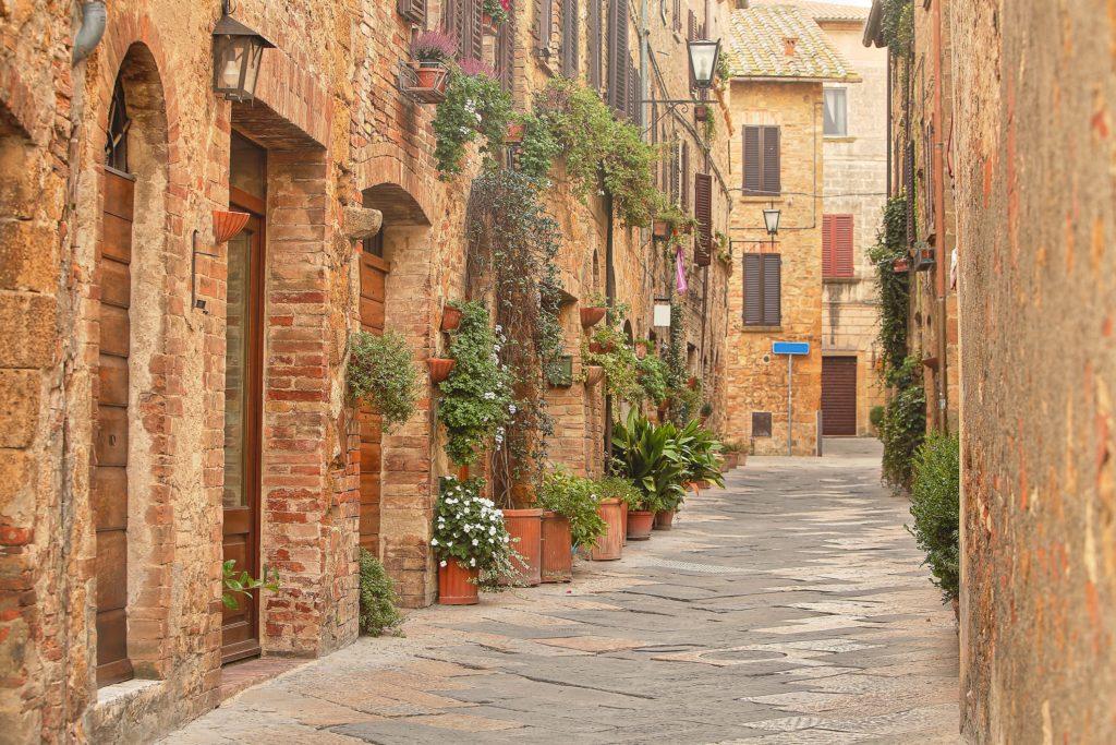 Pittoresk straatje in Cortona