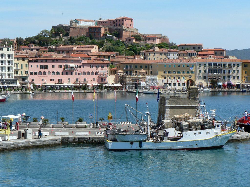 De haven van Elba